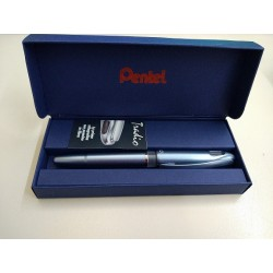 Penna Pentel TRADIO METAL-blu Elegante (punta con doppia flessibilità)