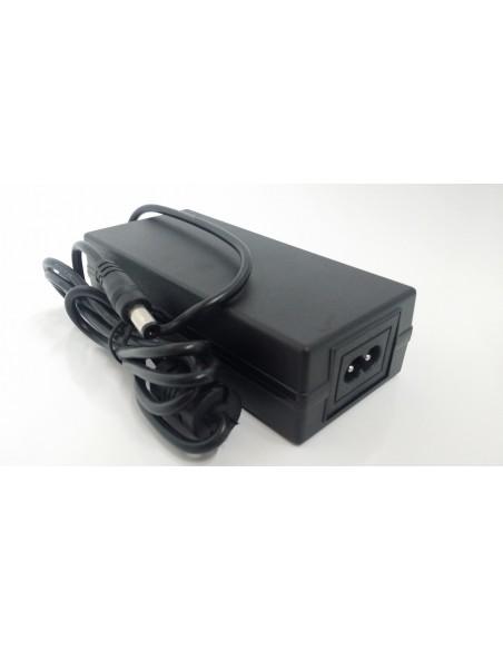 Alimentatore 12V 3000ma 3a con connettore dc maschio 5.5/2.1mm - Telecamera Videosorveglianza