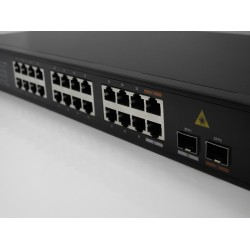 Switch 24 PORTE GIGABIT + SFP SLOTS
